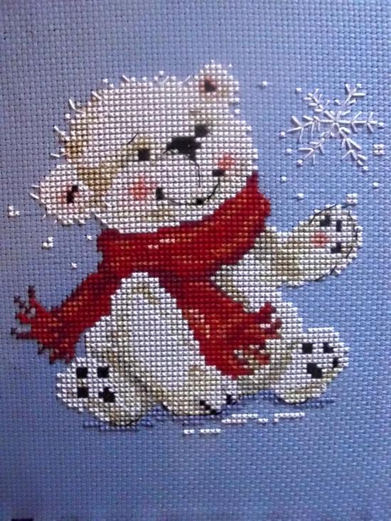 Схема для вышивания крестиком медвежонок